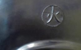 potkachel PEWTER african flame houtvuur detail